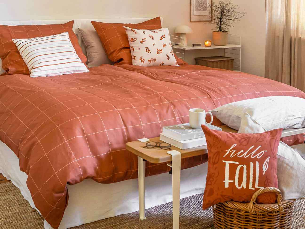 Autumnal colors for the bedroom