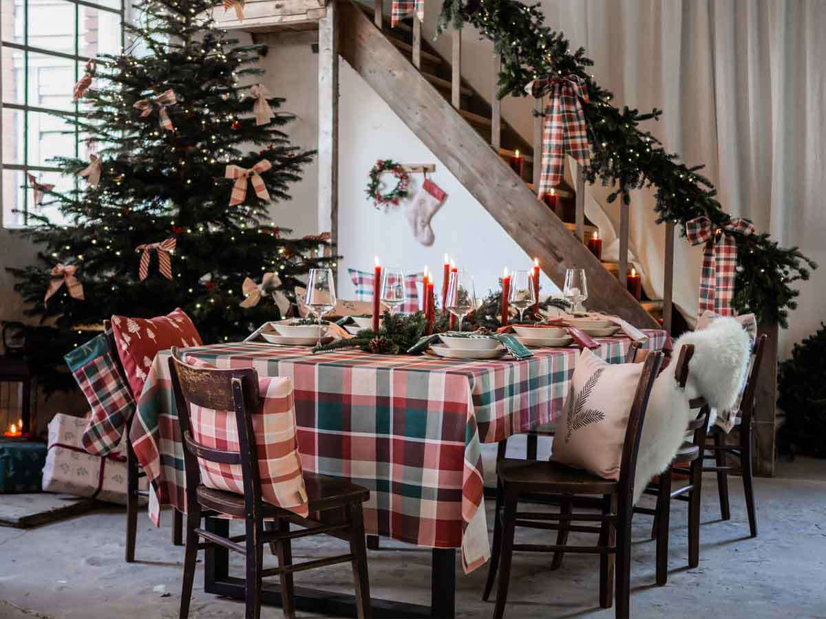 Classic cottage style for Christmas